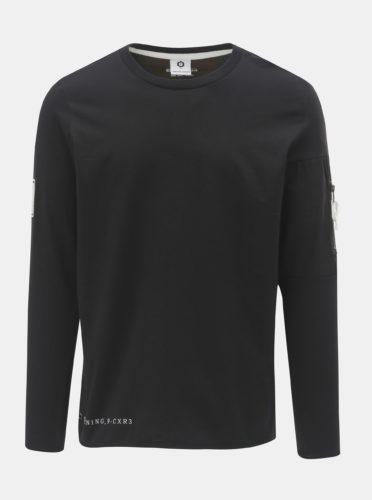 Černé regular tričko s kapsou a nášivkou na rukávu Jack & Jones Band